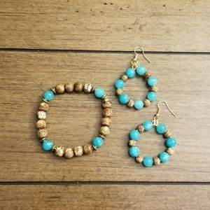 BEADED STRETCH BRACELET & HOOP EARRINGS SET